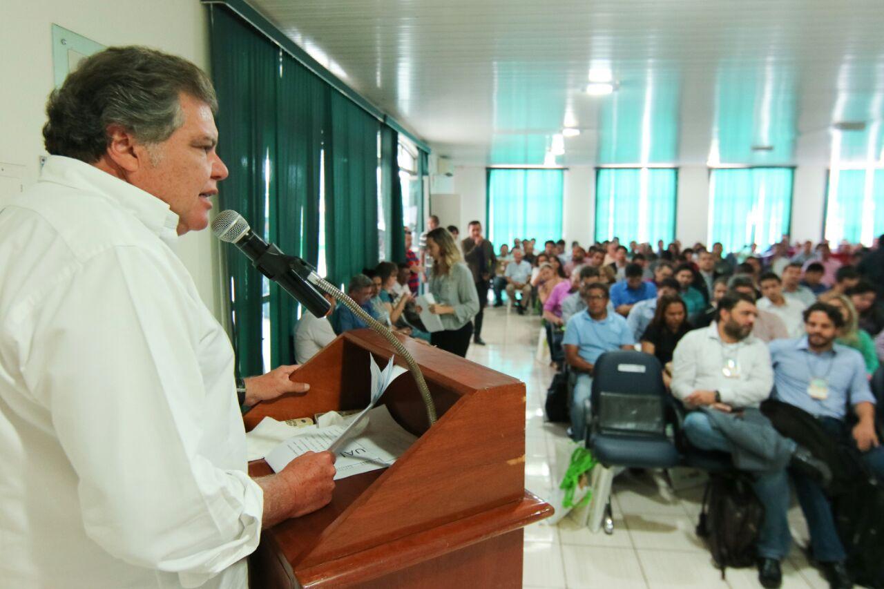 Ministro lança programa voltado a gestores