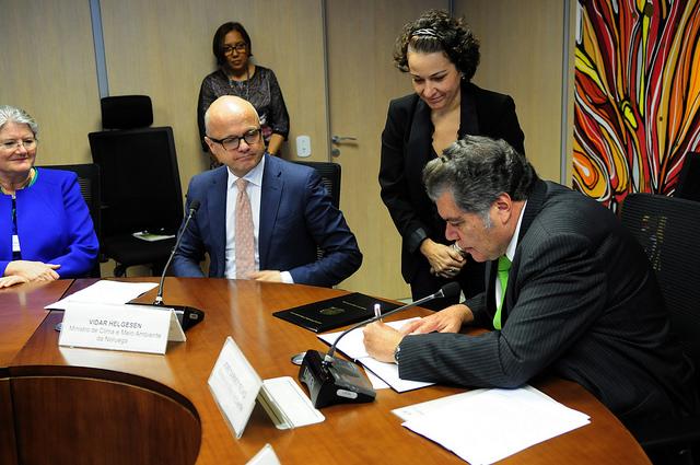 Brasil e Noruega firmam acordo para o campo