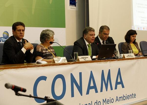 No Conama, ministro fala do desmatamento