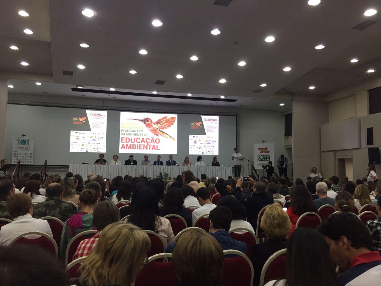 SC sedia congresso sobre educação ambiental