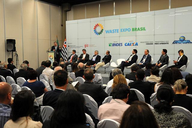 Fórum debate gestão integrada de resíduos