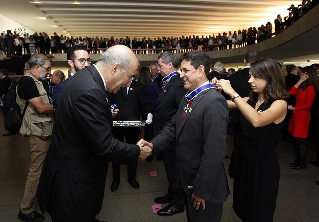 Edson Duarte recebe Ordem do Rio Branco